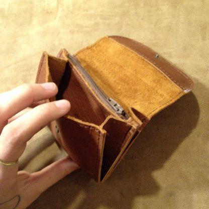 portefeuille rebecca en cuir dur à cuir